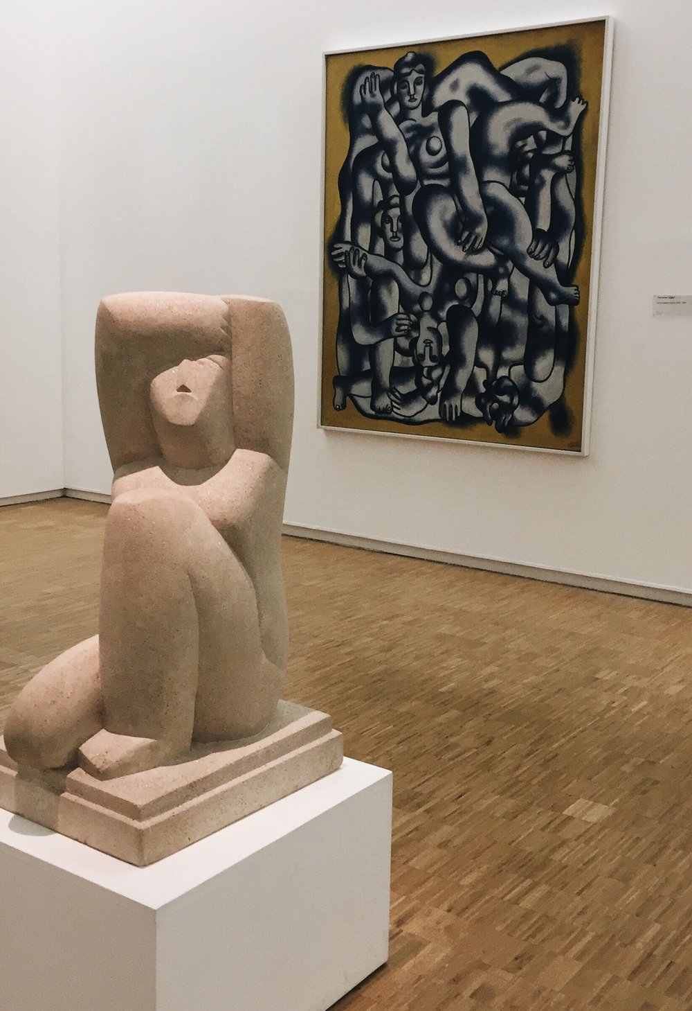 Left to right: Henri Laurens,  Cariatide assise . Fernand Léger,  Les acrobats en gris