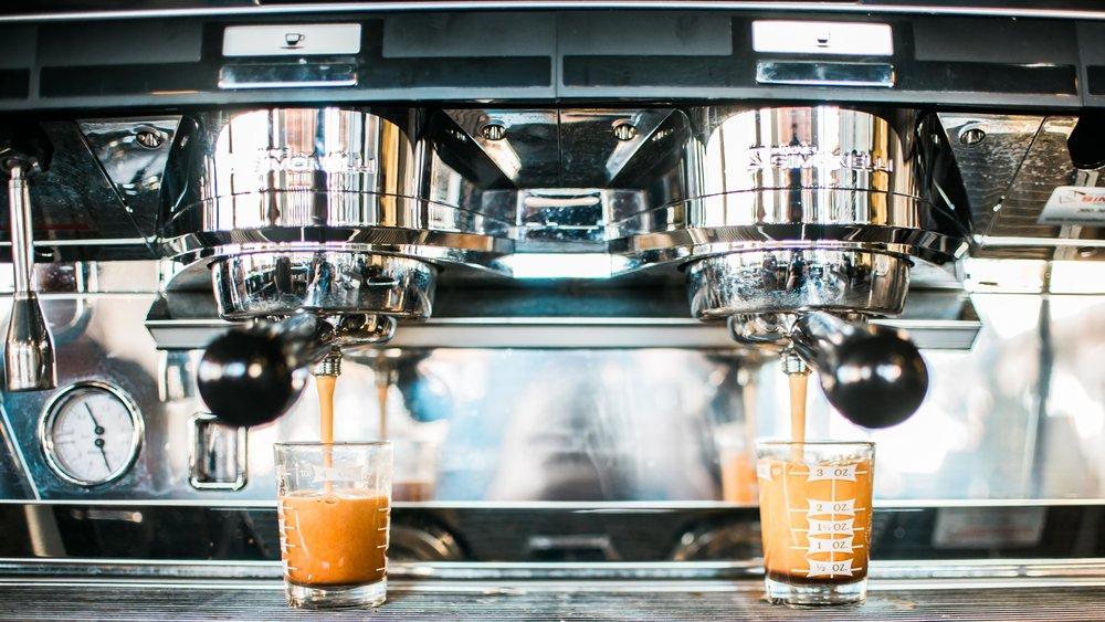 RafterEleven Artisan Coffee (12).jpg