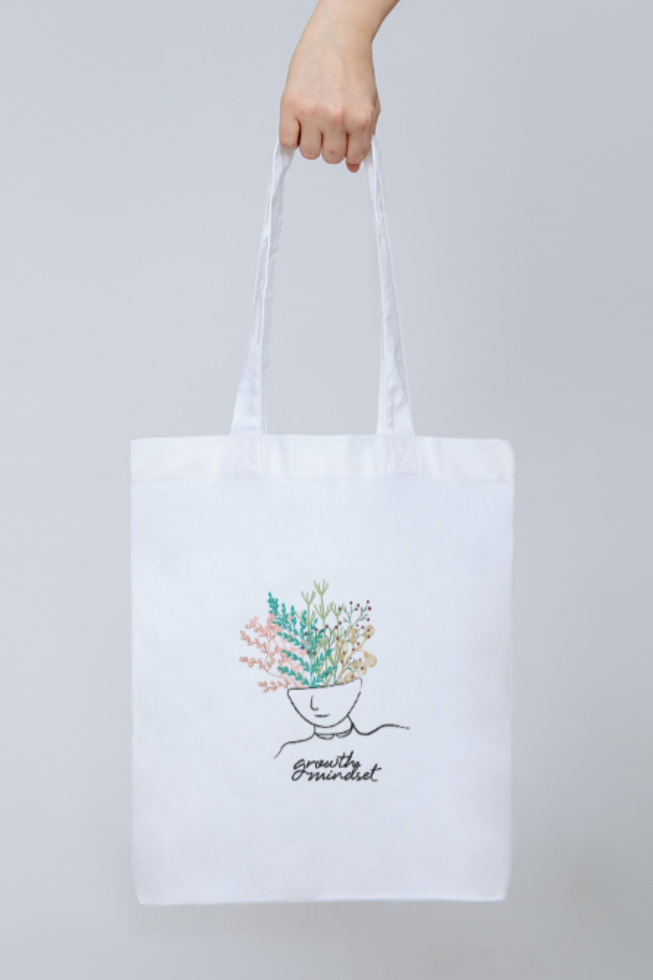 Growth Mindset Tote - Part of the brand new Blue Ollis collection.We use certified organic fabrics and renewable energy in our supply chain. Order yours before 3pm for fast delivery.