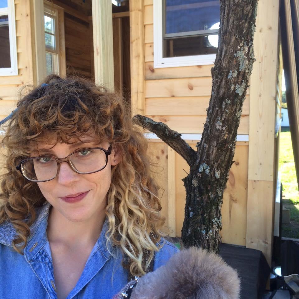 Annie StoutDesigner -