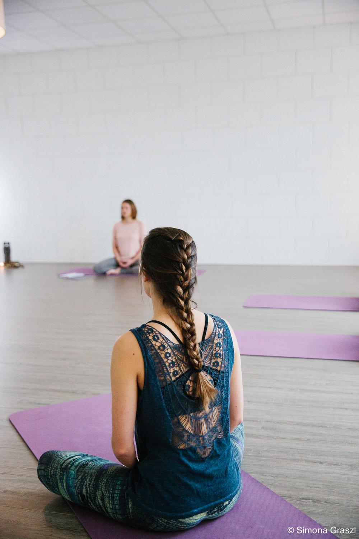 20171028_SimonaGraszl_Yoga Centrum Voorhout_0032_2048px.jpg