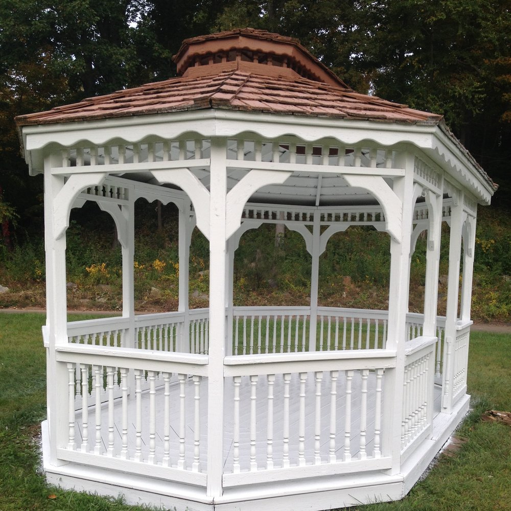 Deck Savers : Powerwashing and painting gazebos in Connecticut