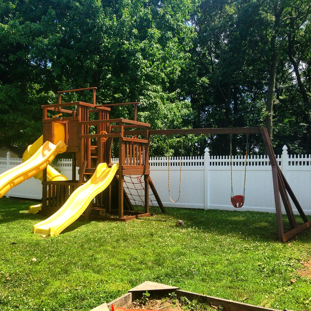 Deck Savers : Refinishing playscapes in Connecticut