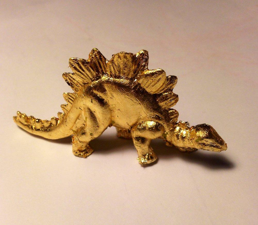 GoldenDinosaur19cmx14cmPlasticandgoldleaf2014.JPG