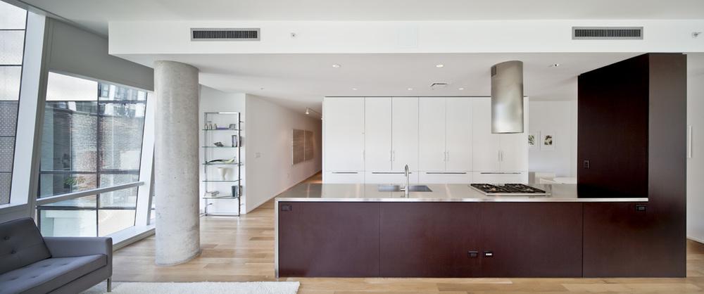 0504 - Kitchen Long.jpg