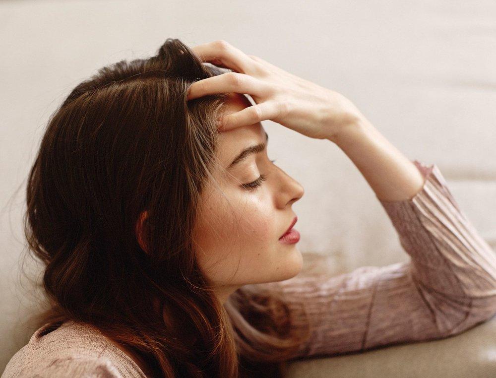 A-Face-Massage-to-Ease-Stress-3-TRU2107750.jpg