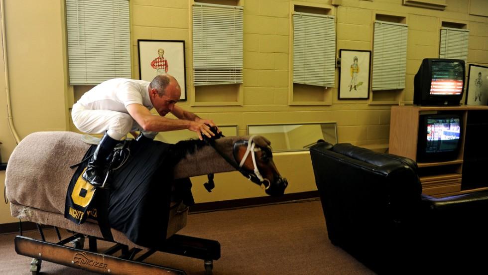 140521140152-gary-stevens-mechanical-horse-horizontal-large-gallery.jpg