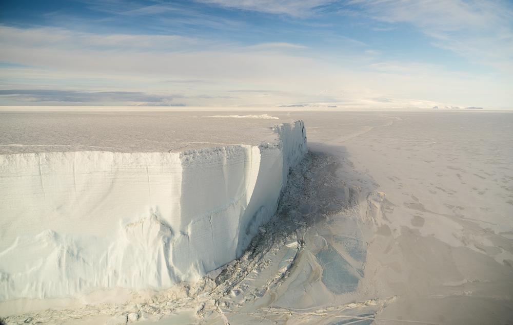 100 foot high tabular iceberg