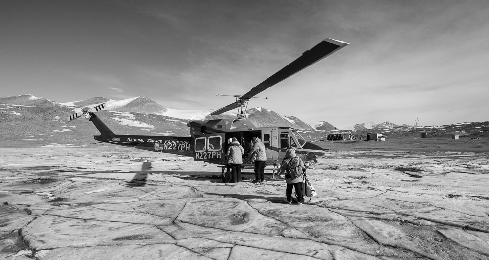 Helo arrives for a lift back to McMurdo.