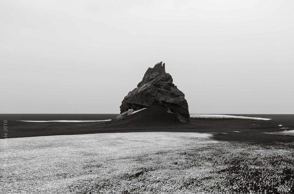 Myrdalssandur Sand Flats, Hjörleifshöfði
