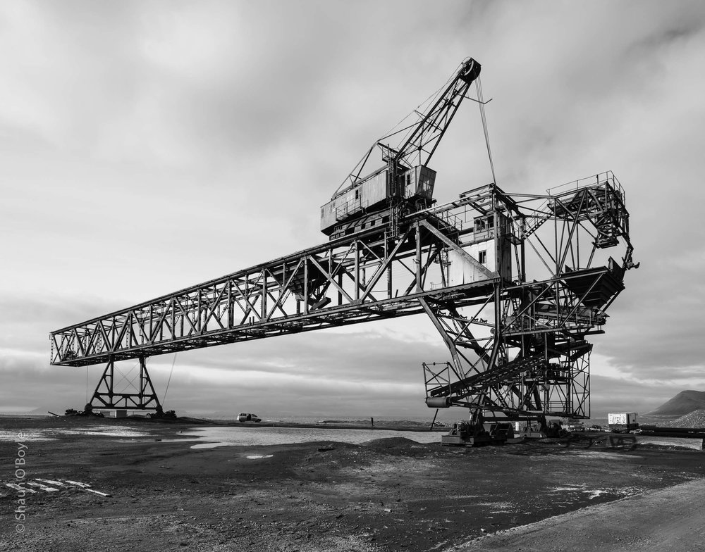 Coal Loading Bridge Crane, Hotellneset