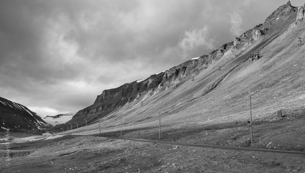 Looking up the valley toward Sverdrupbyen
