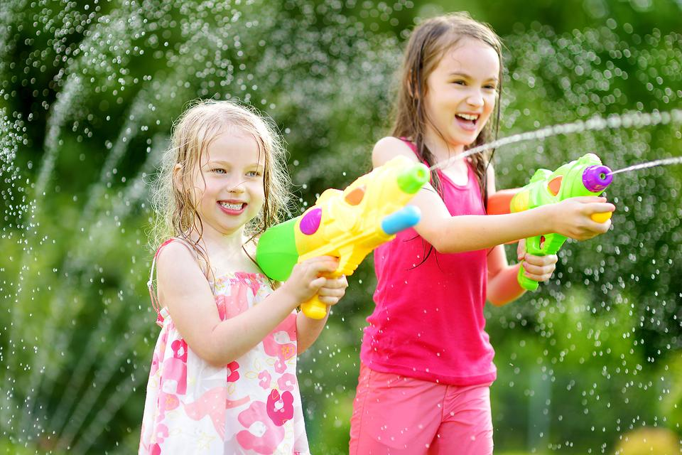 Bored-Kid-7-Ways-for-Children-to-Have-Economical-Summer-Fu-6799-f2bb69c4e5-1502211250.jpg