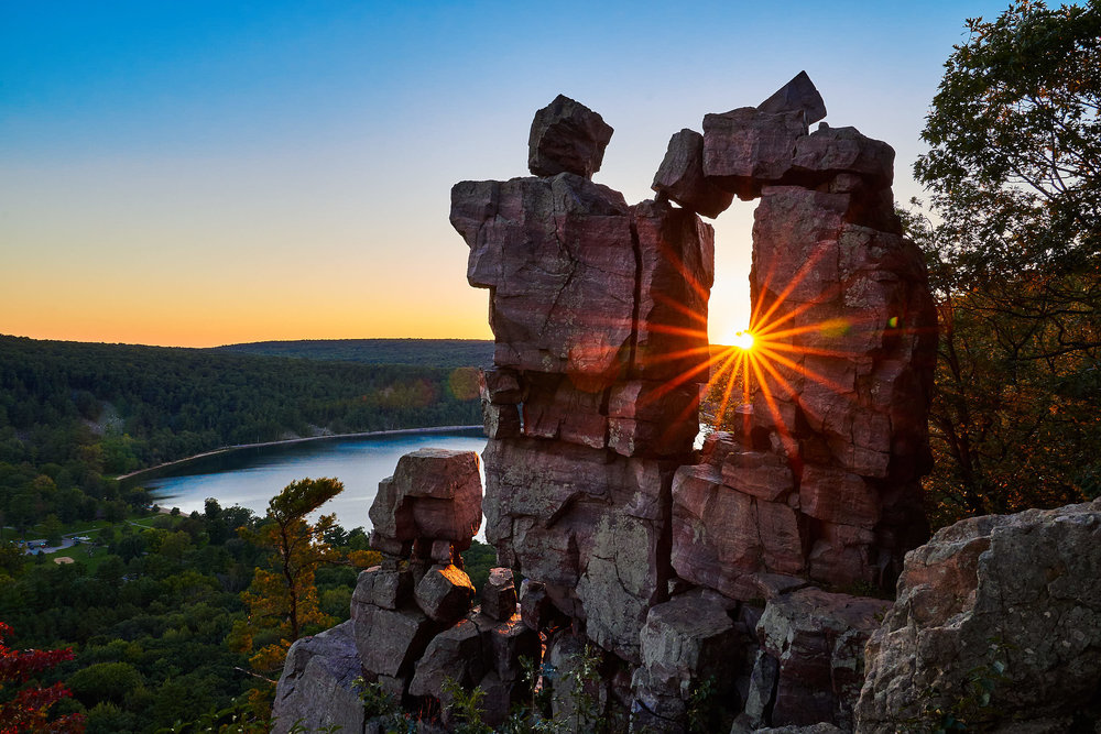 Beautiful sunset at Devil's Doorway | Devil's Lake State Park, Baraboo WI | Photo by BillyBengtson.com