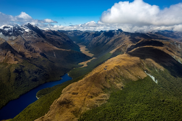 taken-from-a-helicopter-over-lake-mckeller-and-the-greenstone-river-fiordland-national-park-nz--58523.jpg