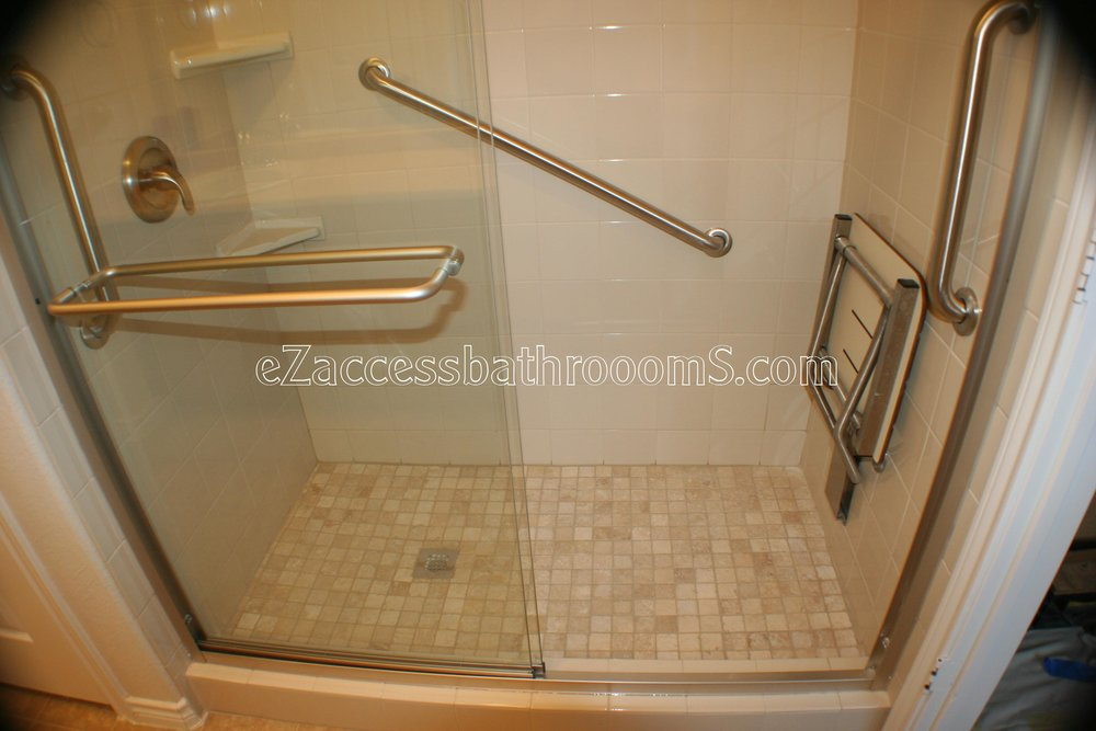 TUBTOSHOWERS CONVERSIONS EZACCESSBATHROOMS.COM 832202843 BRYANT 147.JPG