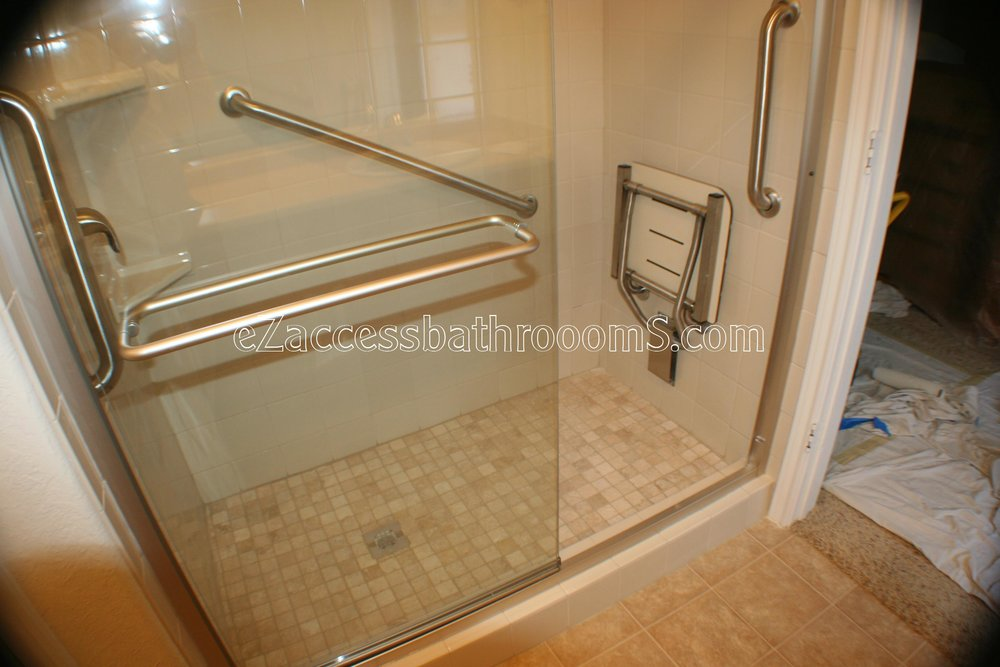 TUBTOSHOWERS CONVERSIONS EZACCESSBATHROOMS.COM 832202843 BRYANT 150.JPG