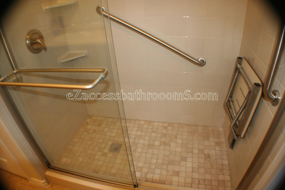 TUBTOSHOWERS CONVERSIONS EZACCESSBATHROOMS.COM 832202843 BRYANT 152.JPG