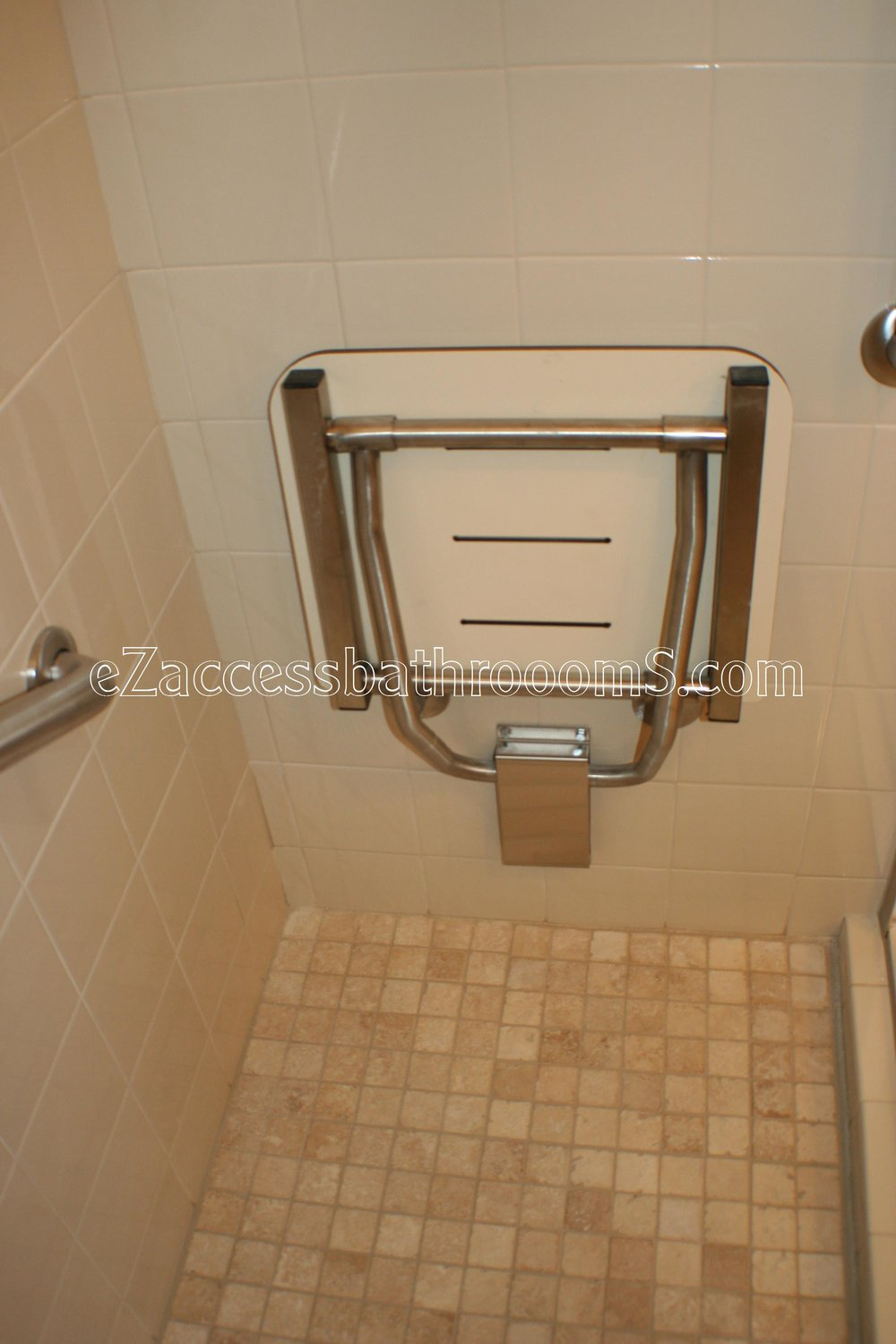 TUBTOSHOWERS CONVERSIONS EZACCESSBATHROOMS.COM 832202843 BRYANT 156.JPG