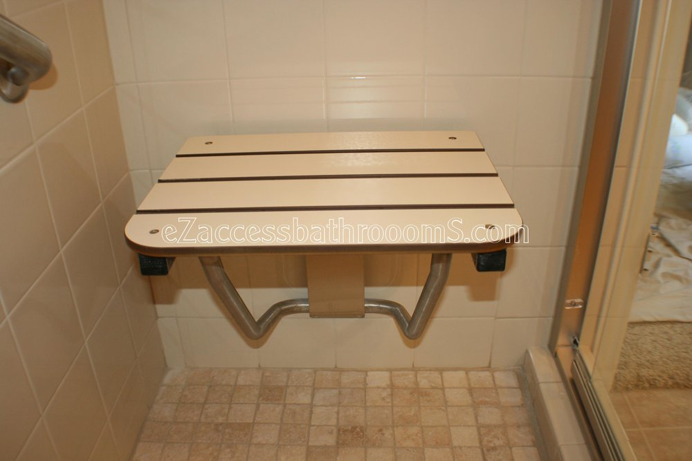TUBTOSHOWERS CONVERSIONS EZACCESSBATHROOMS.COM 832202843 BRYANT 168.JPG