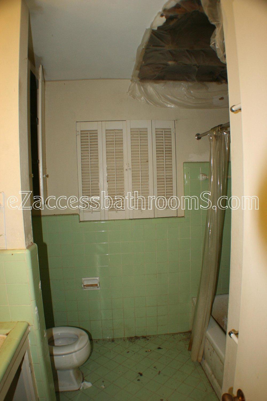 rollin shower ezaccessbathrooms.com 0005.JPG