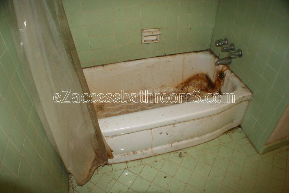 rollin shower ezaccessbathrooms.com 0015.JPG