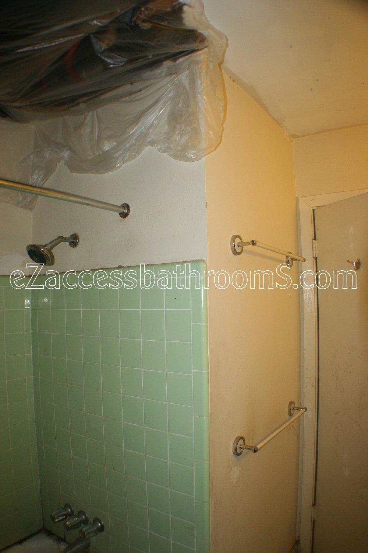 rollin shower ezaccessbathrooms.com 0019.JPG