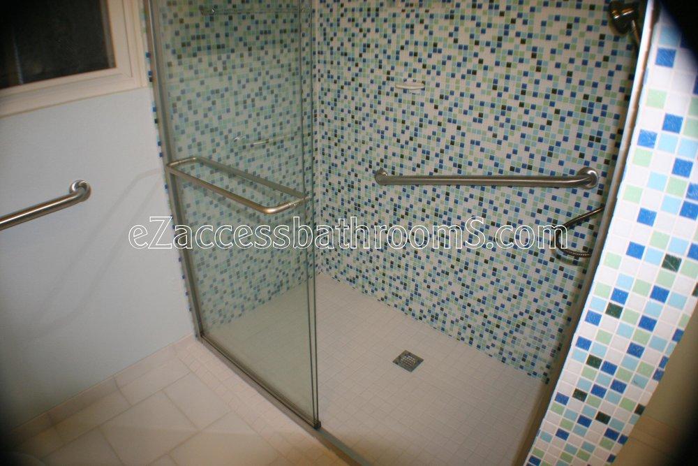 rollin shower ezaccessbathrooms.com 0038.JPG