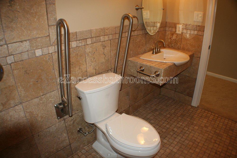 handicap bathrooms 02 ezacessbathrooms.com 004.JPG