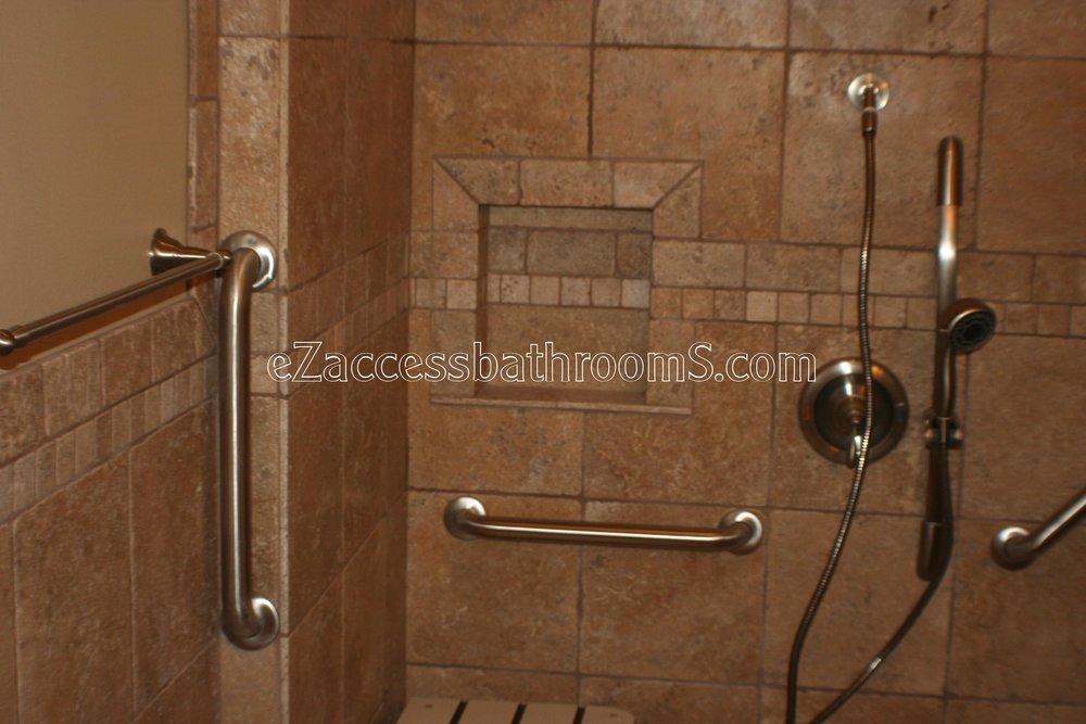 handicap bathrooms 02 ezacessbathrooms.com 010.JPG