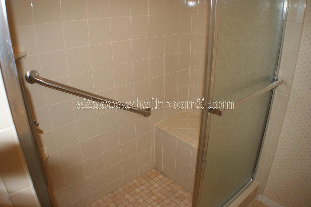 elderly showers eZaccessbathroomS.com 832.202.8453  21.JPG