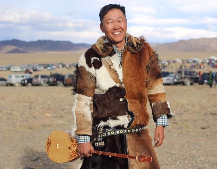 Chinzo - OWNER OF DRIVEMONGOLIA AND STEPPEFIXERS/ EXPLORER/ AIR CONTROLLER/ ENGLISH INTERPRETER