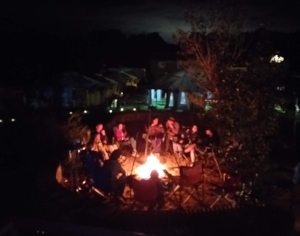 Bon Fire Night. Fun and amazing  stories could be heard in each little group. Rock and Roll in the background, of course :)