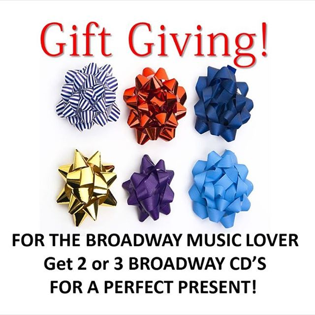 Yeah !!! 20%off CDS and complete Digital Albums And we have a NEW CHRISTMAS ALBUM ! 🎄Checkout our website and make sure to enter the discount at checkout 💰#broadwaymusic #musicaltheater #sing#christmasmusic #christmassongs #carols #giftgiving #gifts #timessquare #newyork#broadway #follow #justlaunched