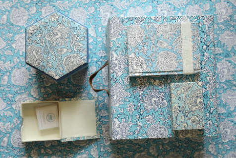 Craft Boat is a paper design studio and workshop in jaipur making products with recycled materials. We have chosen this indigo floral stationary set from their collection. - Craft boat | paper