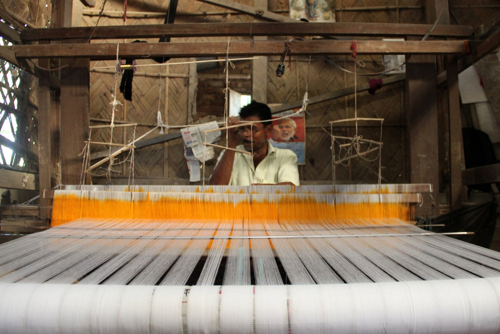 Weaving at Fulia