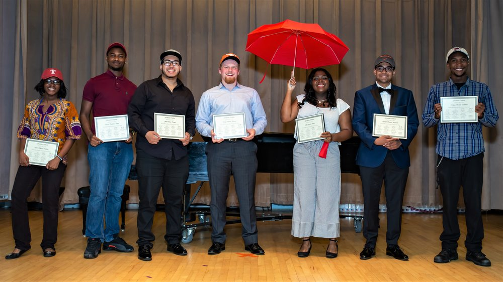 From left to right: Agnes Williams, Derrick Pondexter, John Polanco, David Hiester, Akili Farrow, Indrojit Chatterjee and Malique Bennett. Absent: Jasyn Brazoban and Na'Zir McFadden.