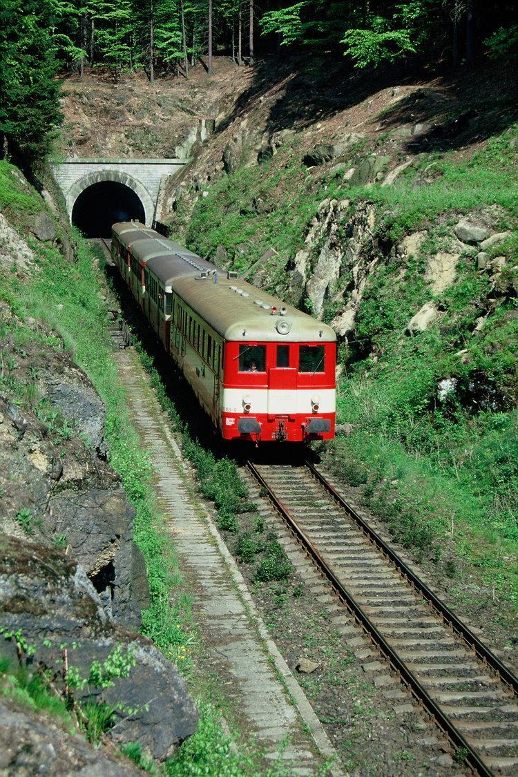 oldřichovský+tunel.jpg