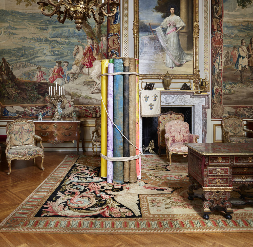 MICHELANGELO PISTOLETTO, BOLTS OF FABRIC BOUND TOGETHER IN THE FIRST STATE ROOM OF BLENHEIM PALACE