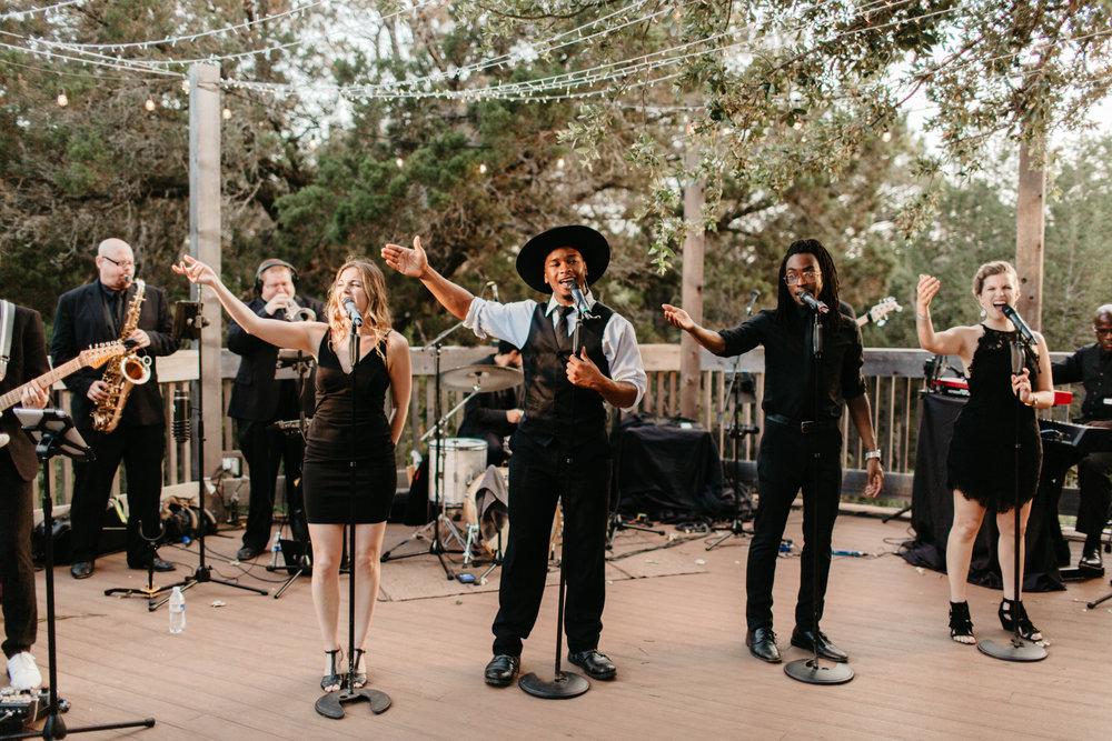 Oniel_Austin_Texas_Wedding_The_Teagues-474.jpg