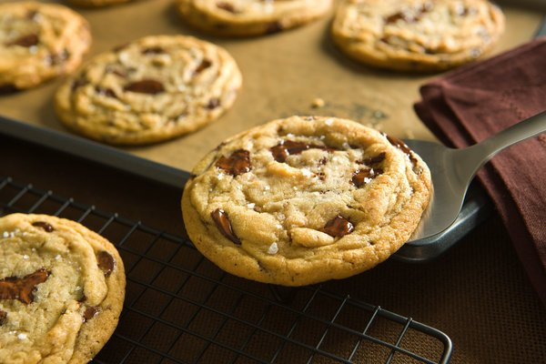 Can chocolate chip cookies really increase retail store foot traffic? Um, yes! YUM!