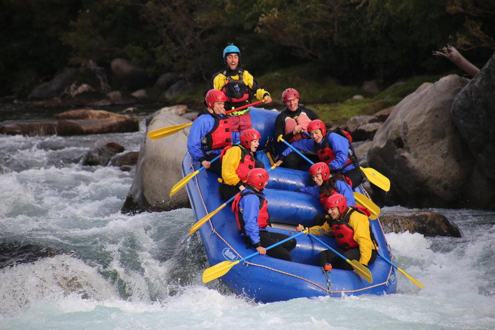 Rafting Río Ñuble - El río Ñuble, es uno de los destinos que debes conocer si visitas la región de Ñuble, aquí encontraras paisajes únicos, rodeados de una flora y fauna que te dejaran con ganas de volver. Entérate de nuestros programas, aquí