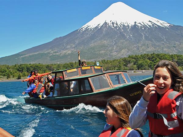 - Sur de Chile - X Region Una de las más emocionantes maneras de conocer la belleza de los Andes es descendente de sus ríos en balsa Más que una actividad es una experiencia que difícilmente puedas olvidar
