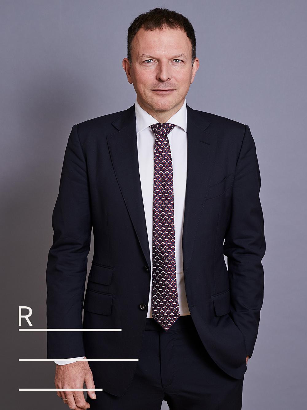 Dr. Wolfgang RENNER  Rechtsanwalt   Komplexe Vertragerrichtung