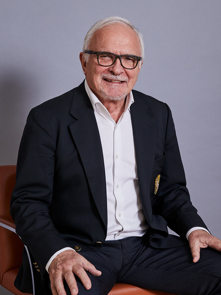 Dr. iur. Gerhard Renner em.  Rechtsanwalt   Mehr erfahren