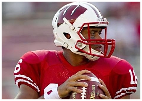 2011 Wisconsin starting quarterback Russell Wilson