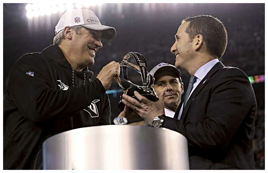 Philadelphia Eagles head coach Doug Pederson and General Manager Howie Roseman