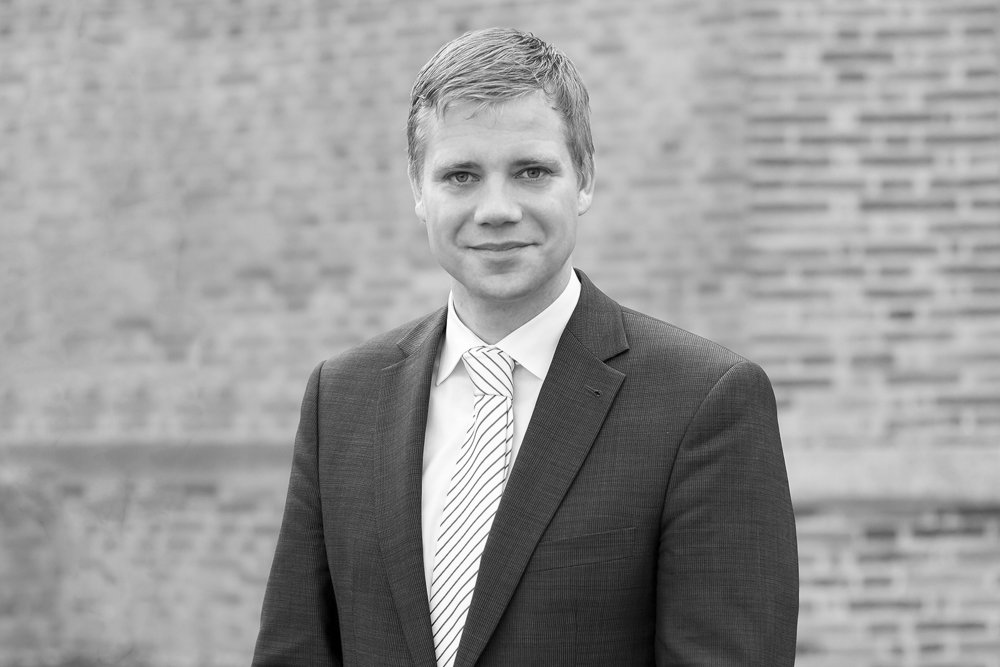 DR. OLAF HEINRICH   1. Bürgermeister der Stadt Freyung/Bezirkstagspräsident von Niederbayern/Kreisvorsitzender der CSU Freyung-Grafenau