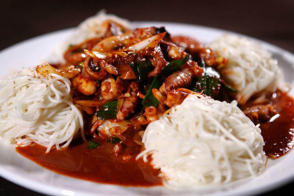 nakji noodle2.jpg