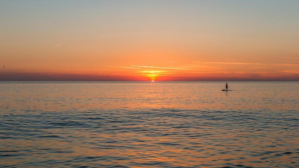 beach-3471463_1920.jpg